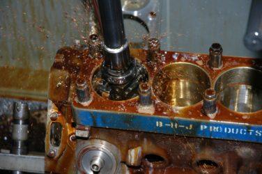 Что такое хонингование цилиндров двигателя?